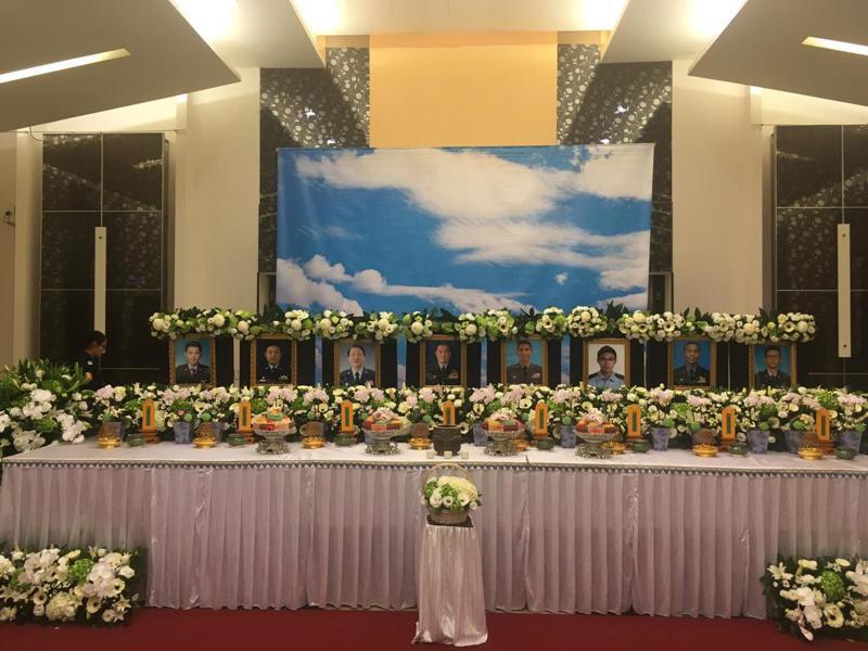 八位殉職官兵在三軍總醫院的靈堂。記者程嘉文/攝影