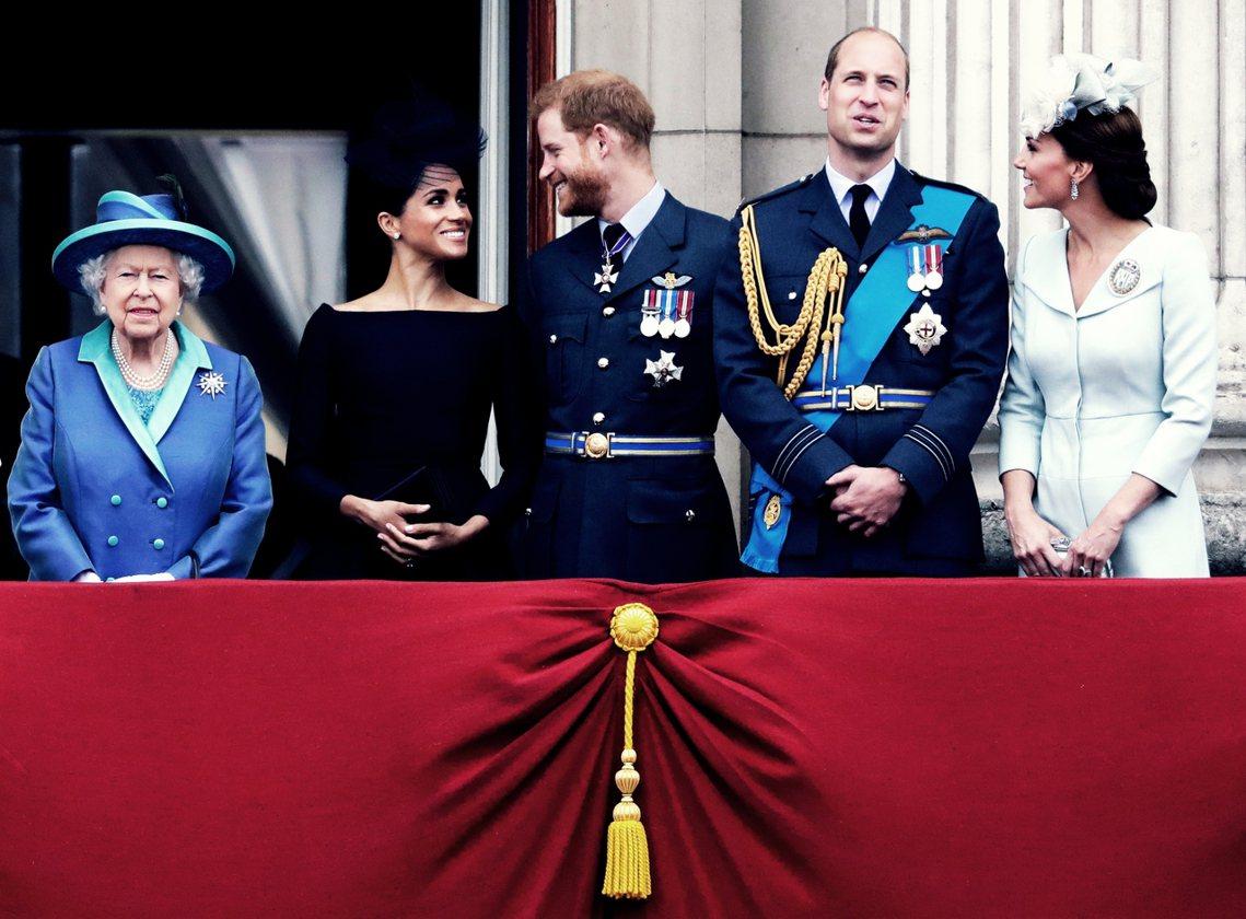 「我們將卸下王室『高階』成員的身分,工作並取得經濟上的獨立。但依然會全力支持女王...