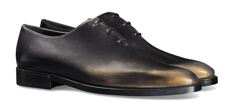 Berluti Alessandro黑金綁帶鞋75,000元。圖/Berluti...