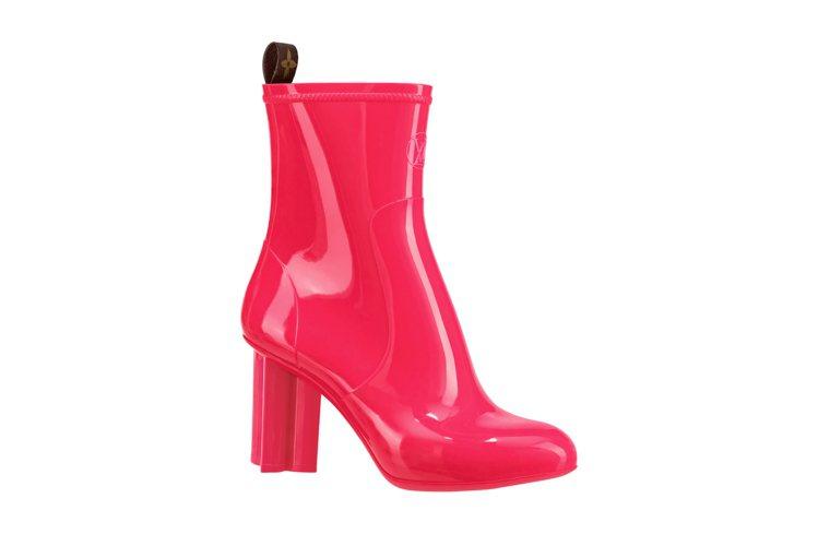 Rain系列Silhouette粉紅色短靴,售價29,500元。圖/LV提供