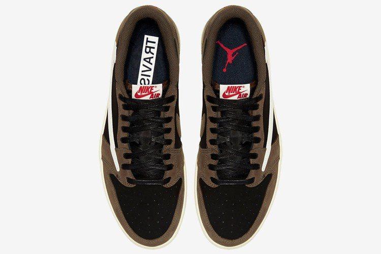 Travis Scott x Air Jordan 1是與知名美國饒舌歌手聯名的...