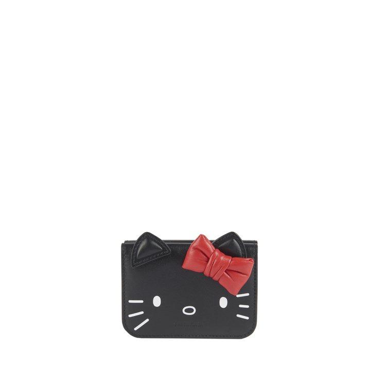 Kitty鍊條迷你錢包,21,500元。圖/BALENCIAGA提供