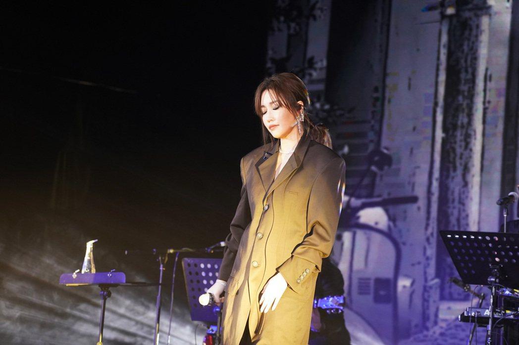 A-Lin今於北京舉辦「Lin距離」小型免費音樂會,並宣布「Panssenger