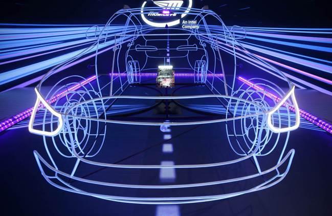 科技公司與汽車製造商希望讓汽車轉型,成為營收新來源。  路透