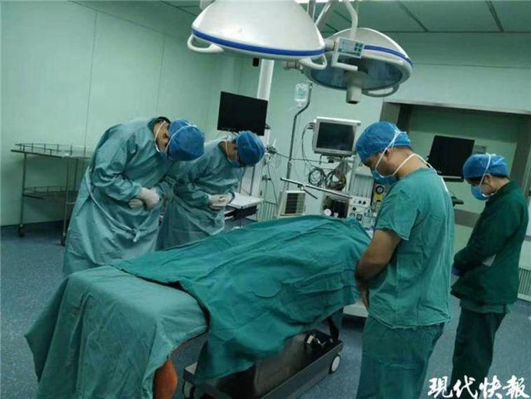江蘇宿遷夫婦捐出6歲兒子器官,兩年前曾捐出6歲女兒器官。 (取材自現代快報)