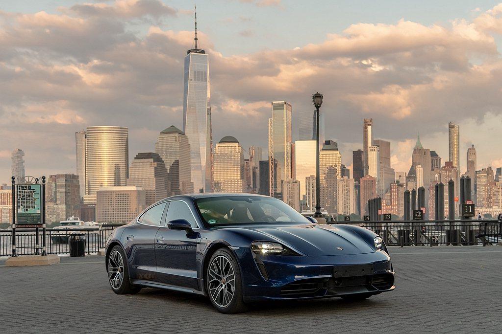 保時捷純電四門跑車Taycan,去年在美國已經交付130輛新車,也是今年保時捷在...