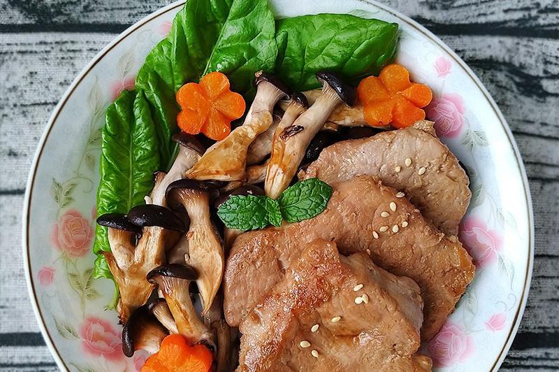 【食譜】香煎味噌豬里肌〞簡易低醣豬排餐