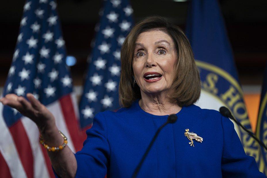 美國眾議院通過決議案,限制總統川普對伊朗動武的權限。 美聯社