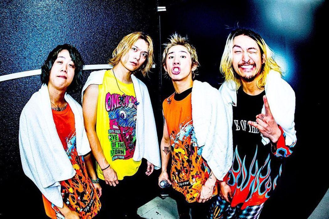 ONE OK ROCK準備好要與海外歌迷見面。圖/摘自IG