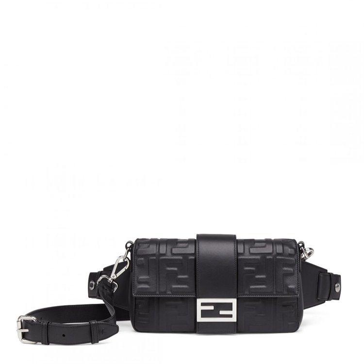 FENDI,黑色FF Logo Baguette包,10萬元。圖╱FENDI提供...