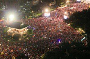 聯合報社論/庶民起義:在台灣民主與倒退的分水嶺