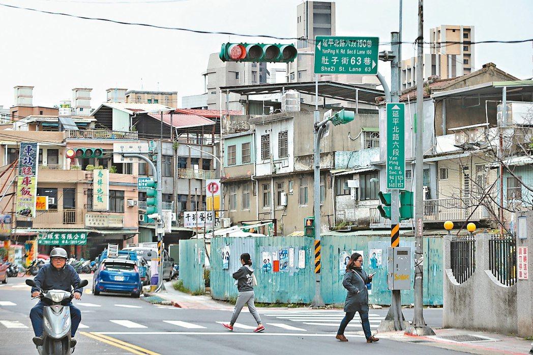 台北社子附近房價親民,未來有增值空間。 記者曾原信/攝影