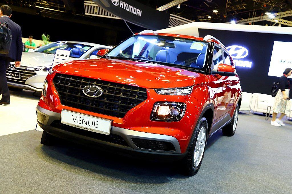 日前傳出Hyundai Venue有望在台灣國產,提供平價跨界休旅新選項。 記者...