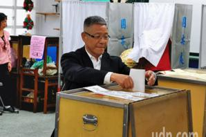 彰化民眾:這次快多了 蕭景田、陳素月已完成投票