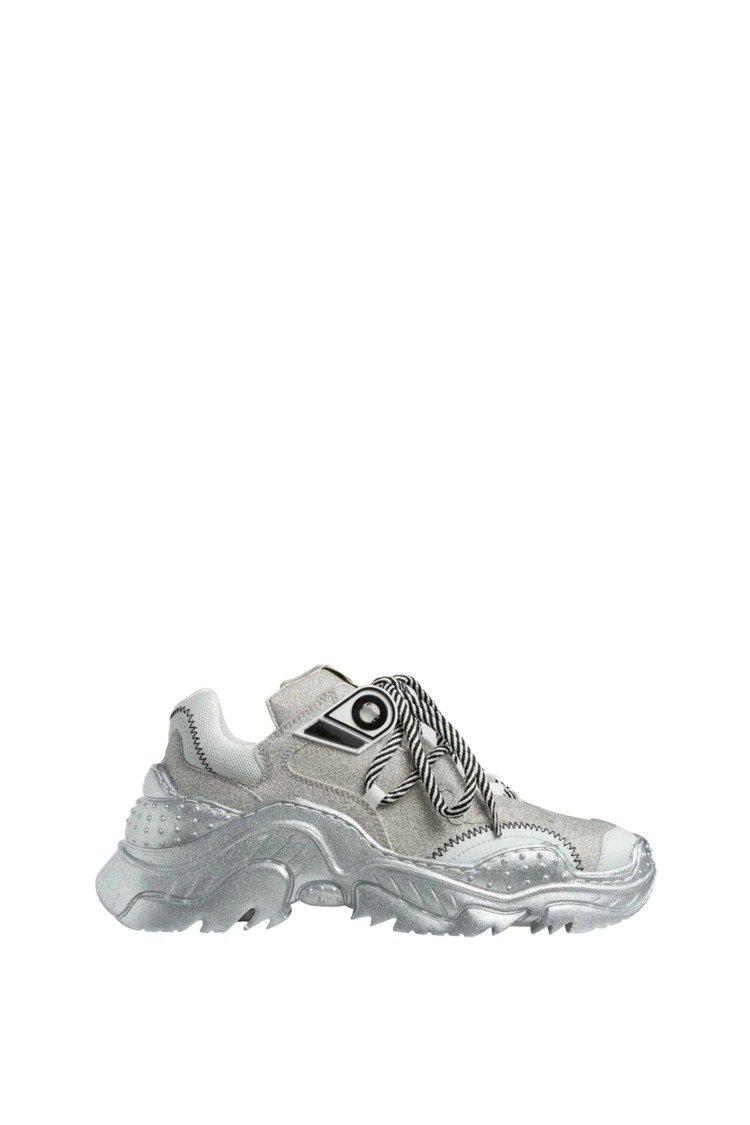 N°21 Billy Sneakers亮片款,售價23,900元。圖/MINOS...