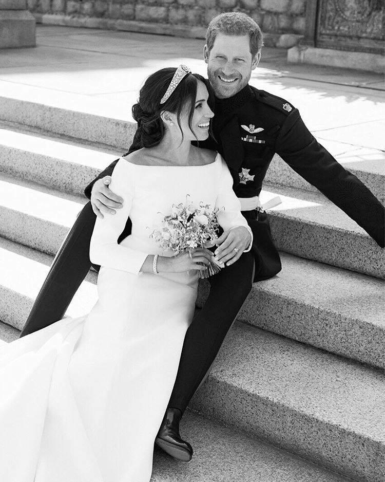 哈利王子與梅根於2018年五月結婚,當時梅根身上配戴了卡地亞珠寶,蔚為焦點。圖╱取自IG @kensingtonroyal