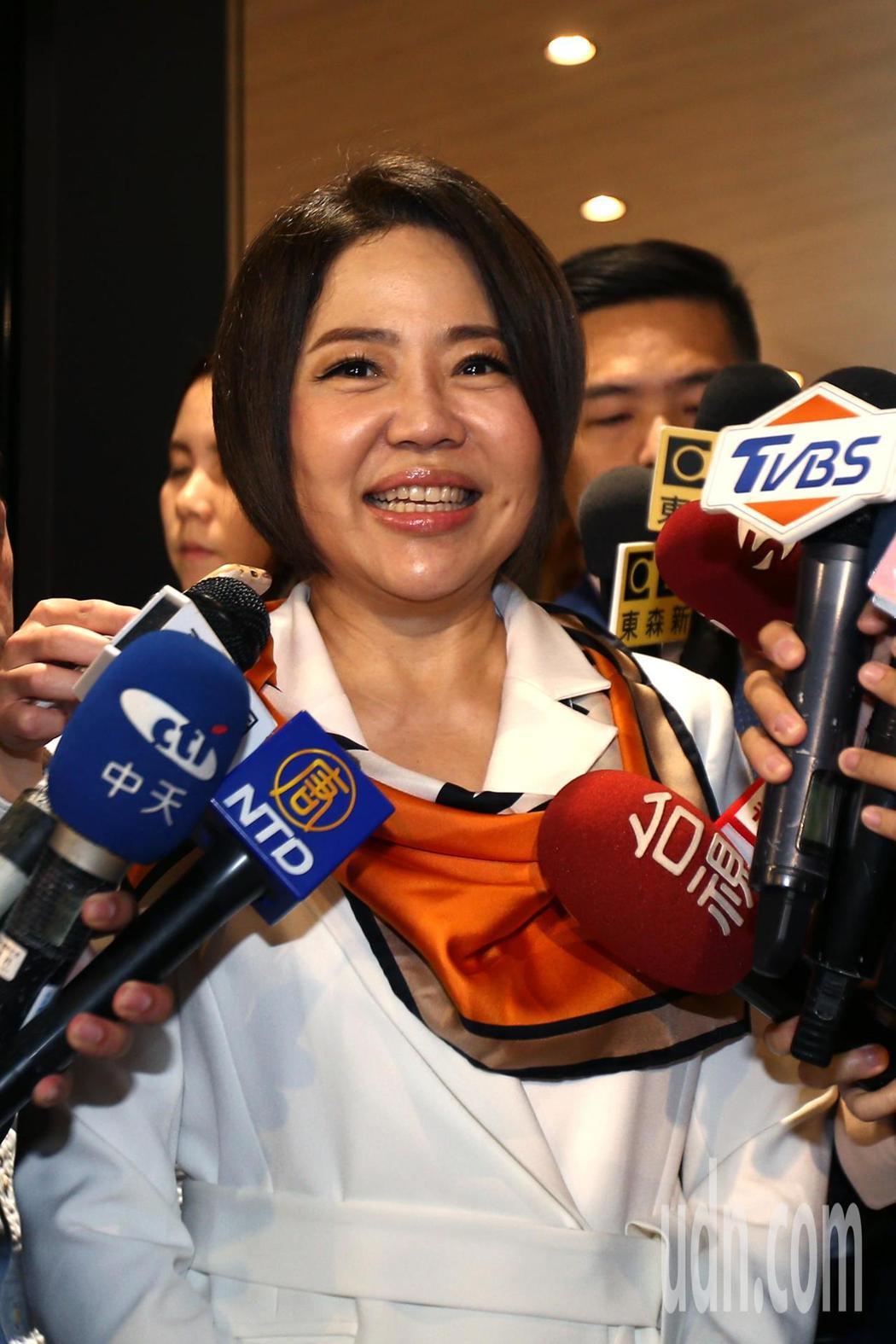 親民黨競選總部發言人于美人今天是擔任發言人的最後一天,呼籲台灣要珍惜民主自由投票...