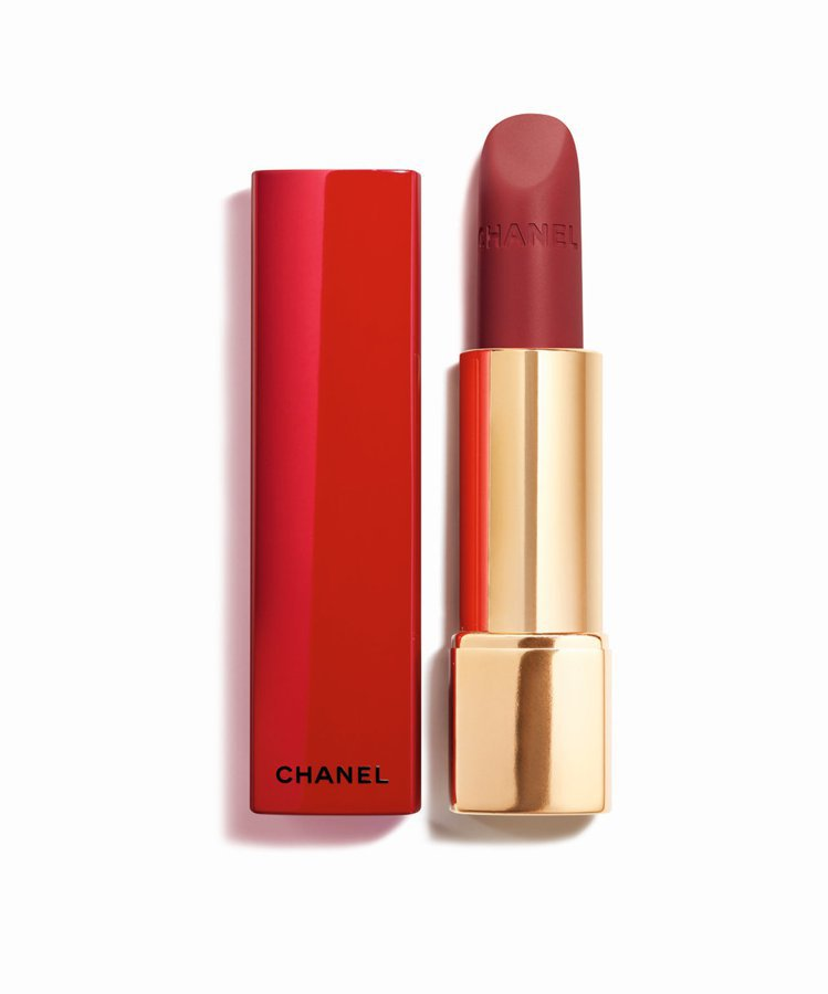 香奈兒超炫耀的絲絨唇膏紅色限定版#58/1,320元。圖/香奈兒提供