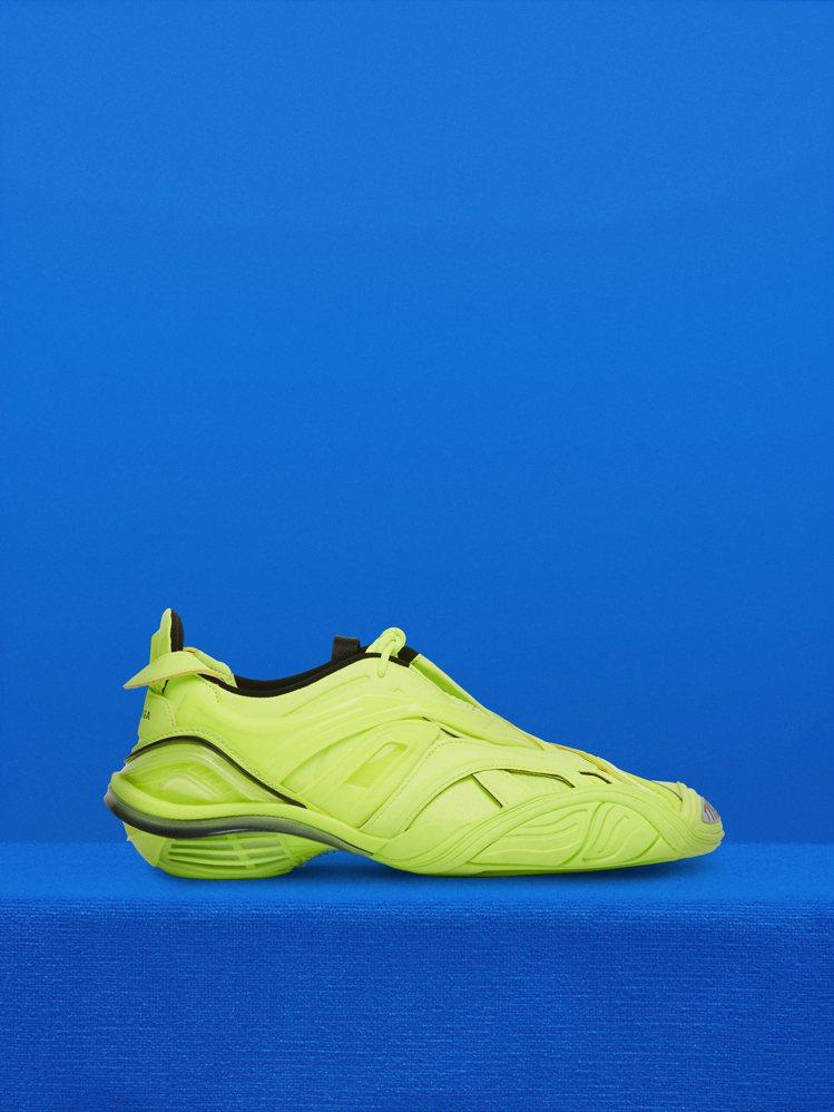 Tyrex系列運動鞋,售價落在32,500到36,900元之間。圖/Balenc...