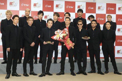 放浪兄弟全團15人,下午一同出席超級巨星紅白藝能大賞記者會,AKIRA表示首度在台灣全員合體,並用中文說,「大家久等了,新年快樂,我回來了,很久沒有在海外表演,希望你們會喜歡。」
