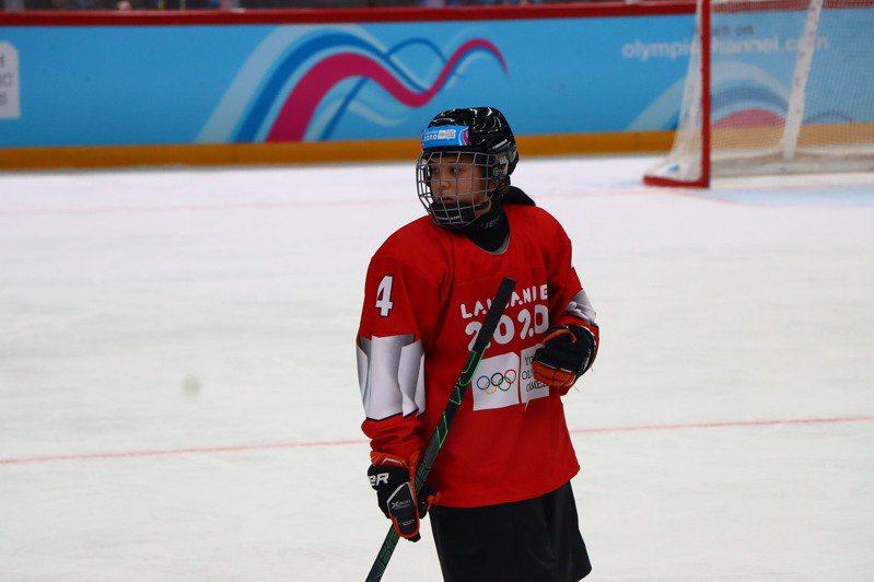 中華冰球小將高葦庭。圖/中華奧會提供
