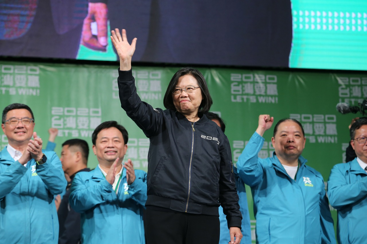 總統蔡英文壓倒性勝選 華郵:習近平台灣夢幻滅