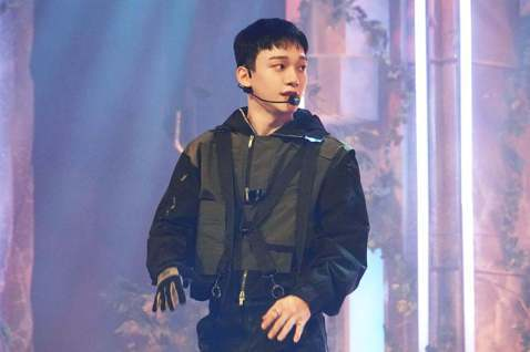 EXO成員Chen(金鍾大)主動公開認愛!EXO成員Chen於今日透過手寫信,大方坦承了自己有了「想共度一生的女人」,並表示希望得到大家的祝福,主動認愛的舉動,讓人相當驚訝!Chen表示,不希望突如...