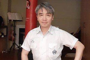 從拔爛菜變辣台妹 他驚覺李小龍名言竟可描述台灣政治