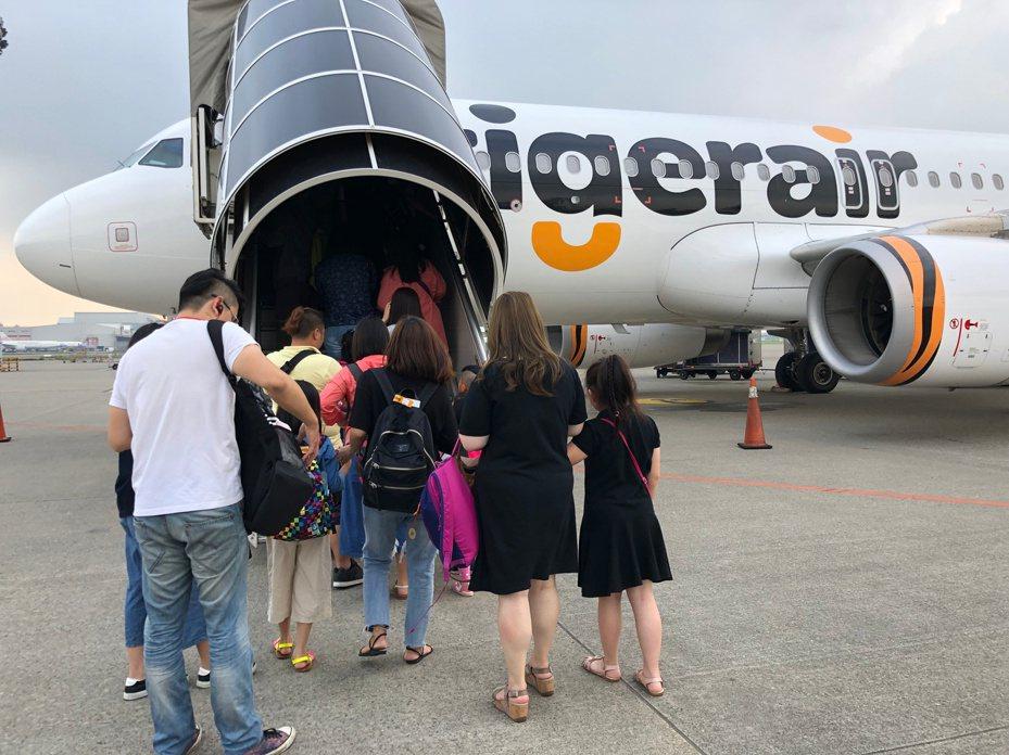 台灣虎航農曆春節期間,起飛前3小時接受報到手續。記者魏妤庭/攝影