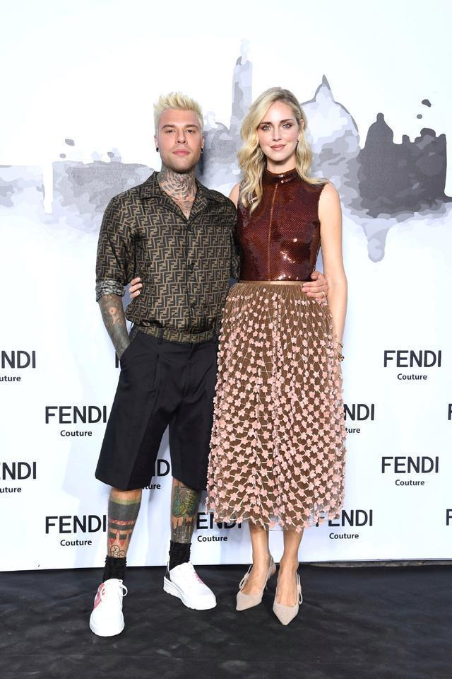 Chiara Ferragni與老公Fedez是時裝周常客。圖/Fendi提供