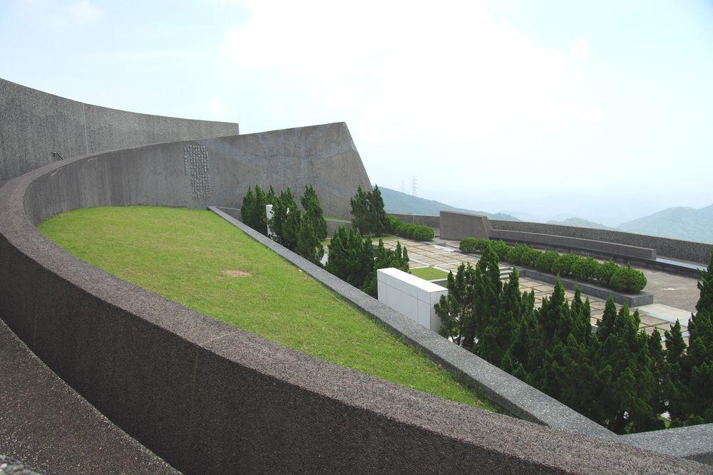 蔣陵位於五指山國軍示範公墓,海拔高度超過600公尺,天氣良好時視野甚佳。圖/聯合...