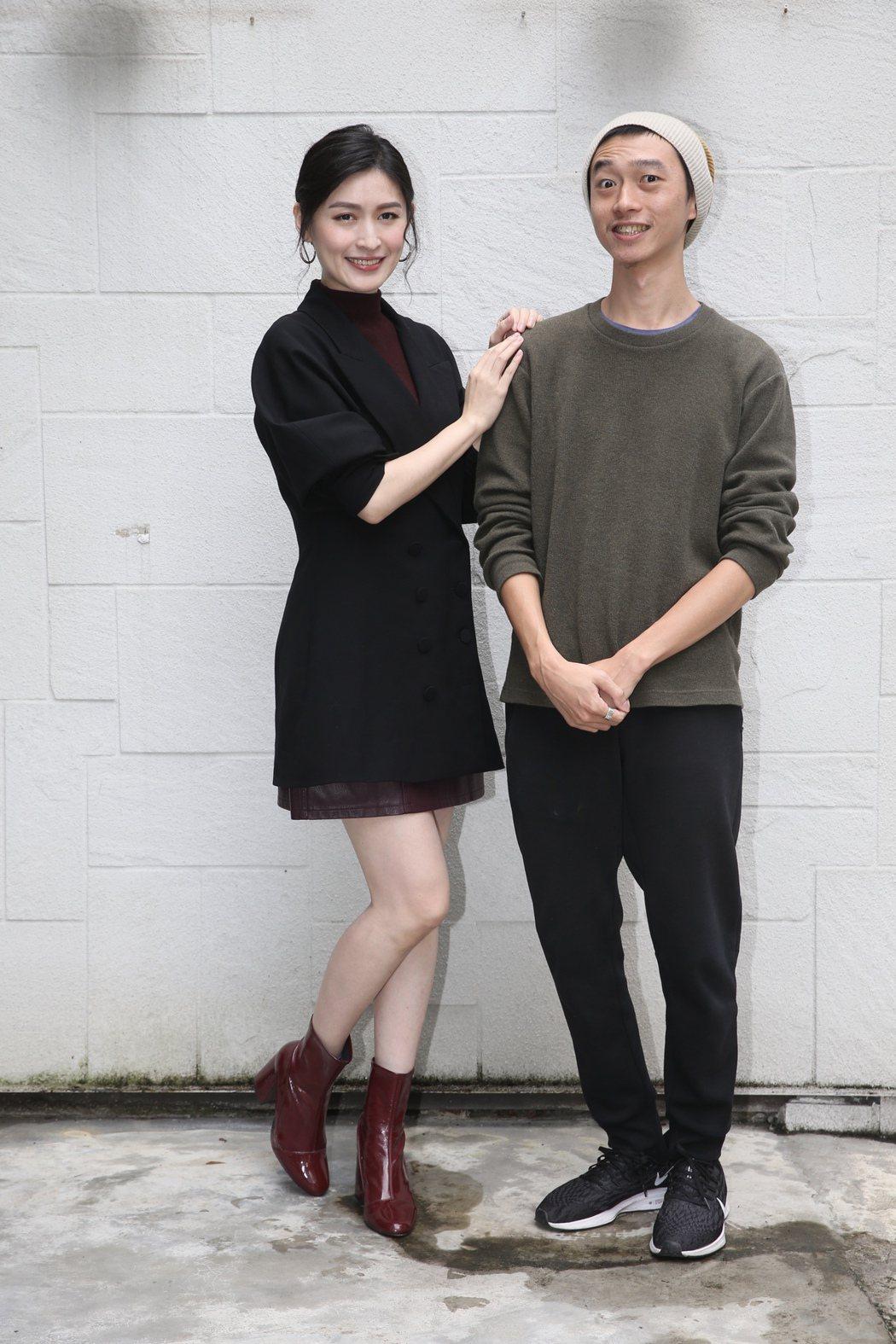 公視新創電影《4X相識-隨片登台》,演員管罄(左)導演林亞佑。記者林俊良/攝影