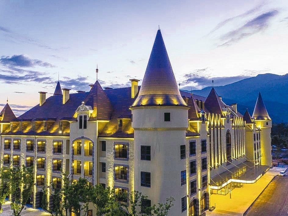 瑞穗天合國際觀光酒店的城堡造型吸睛,有台版「霍格華茲」之稱。 業者/提供