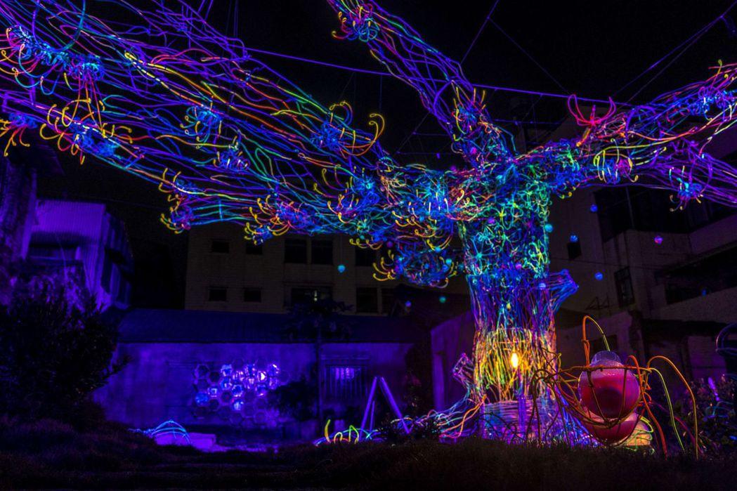 月光之城-成長是一顆流光樹。  臺南市政府文化局 提供