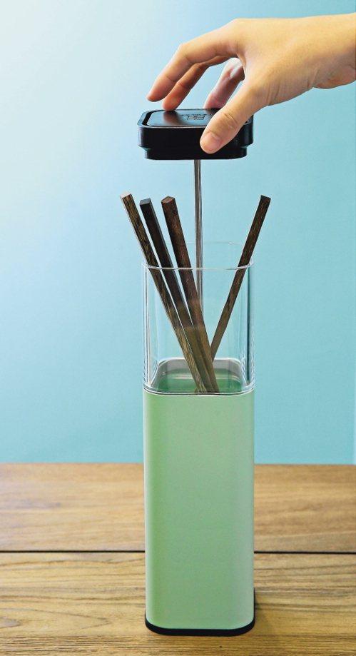 筷籠。圖/記者陳柏亨
