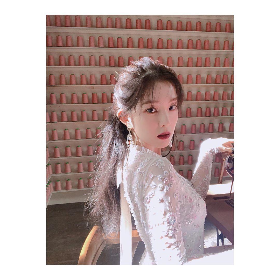 韓國女團Red Velvet的隊長Irene是團體中的美貌擔當,自出道以來氣質甜...