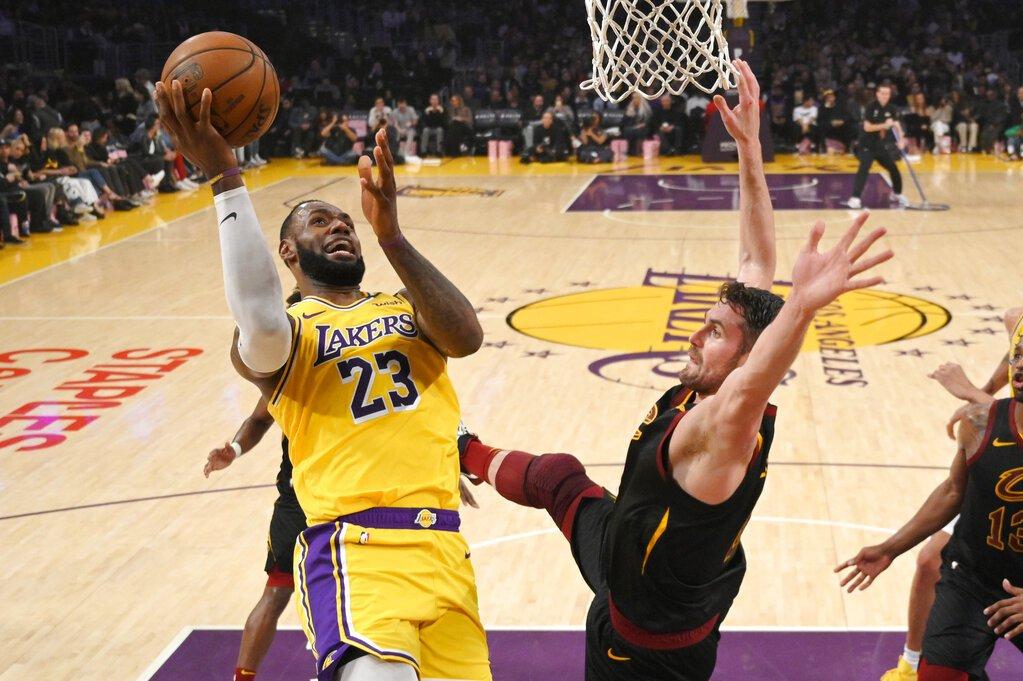NBA/今日戰績表 詹姆斯生涯助攻數躍升史上第8