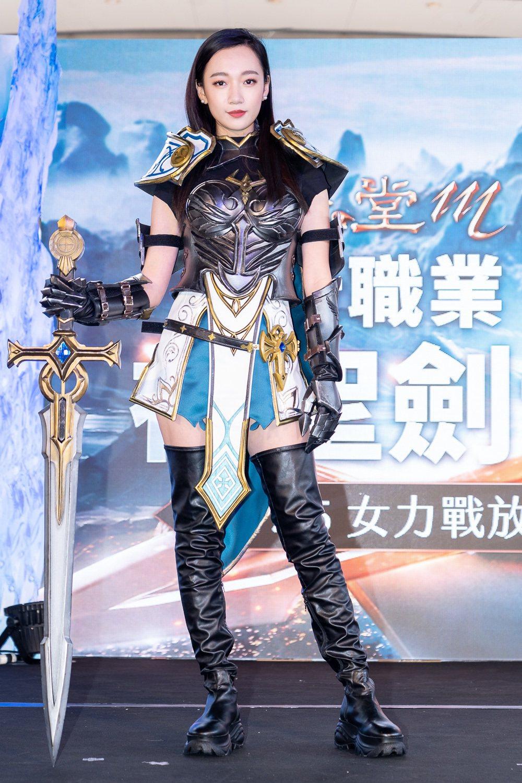 「吳卓源」首度代言《天堂M》最女力職業「神聖劍士」