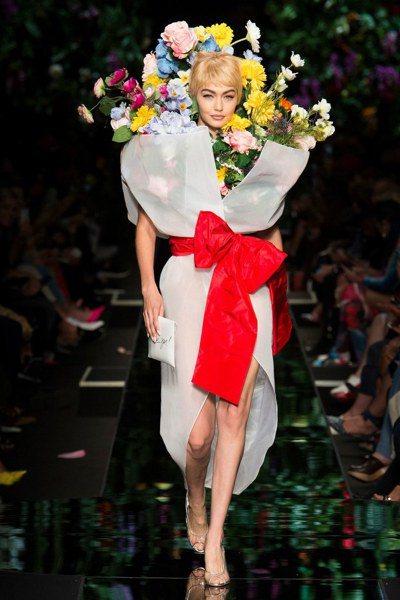 還是把自己包起來ㄅ/圖片來源Vogue