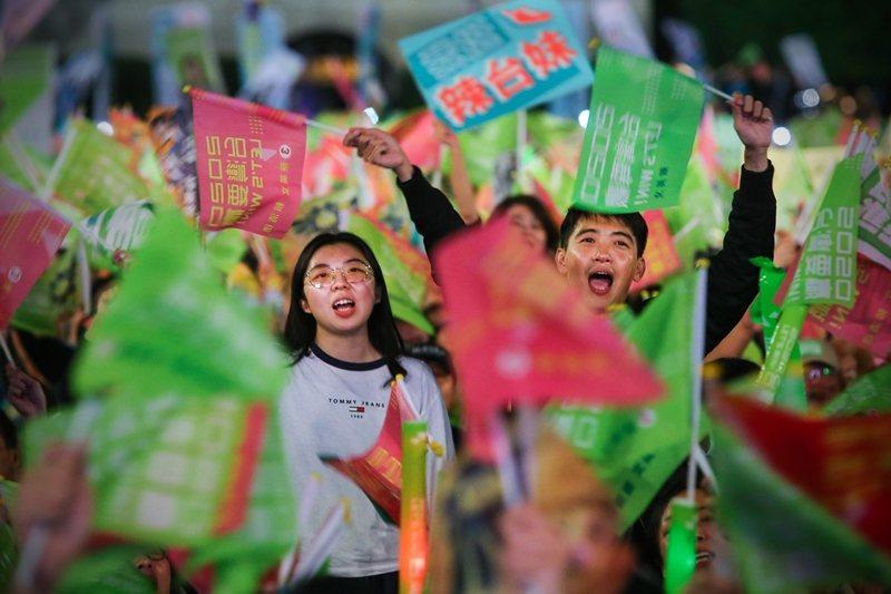 東京大學教授松田康博表示,中共《新華社》指控「暗黑力量」,只是污名化台灣大選結果...