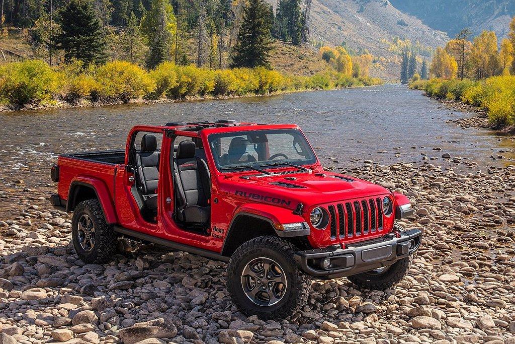 用途多元、功能強大、承載與拖曳都相當優異的Jeep Gladiator,獲得20...