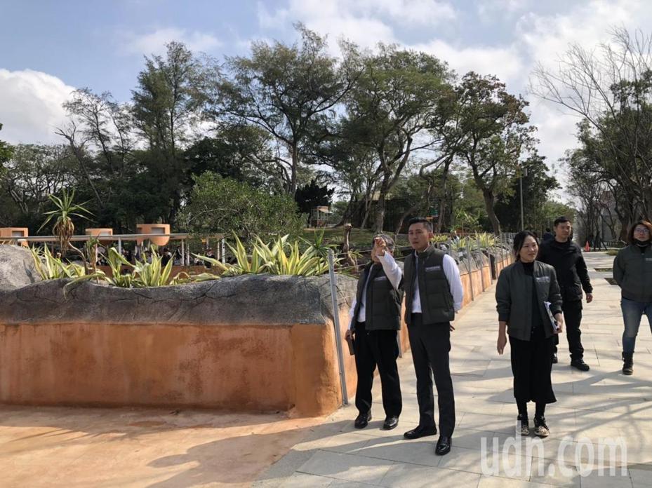 林智堅今天視察新竹市立動物園,有媒體詢問任期結束後的下一步為何?是否考慮參選台北市長?記者王駿杰/攝影