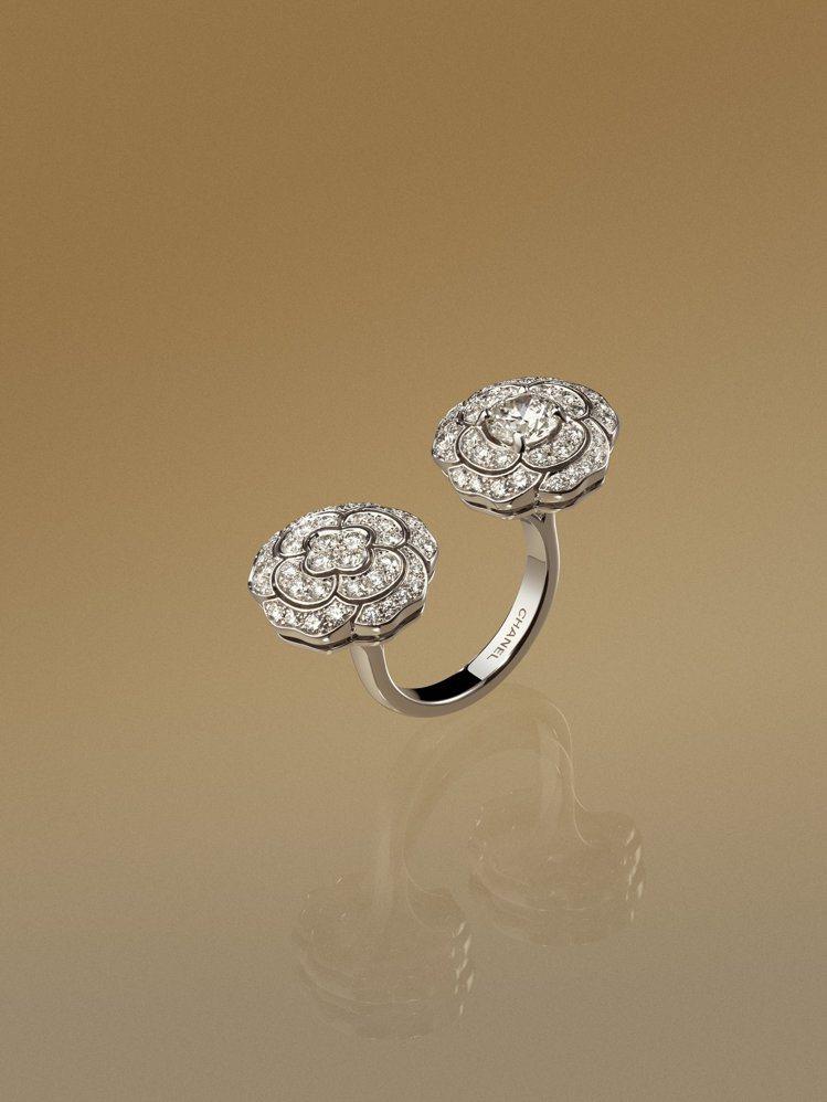 CHANEL,Bouton de Camélia指間戒,18K白金鑲嵌鑽石,11...