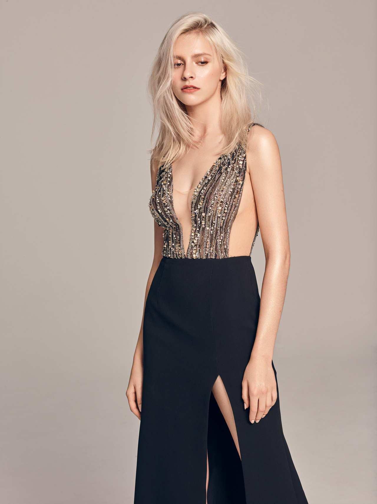2020春夏白金系列黑金挖腰開岔禮服。圖/LinLi Boutique提供