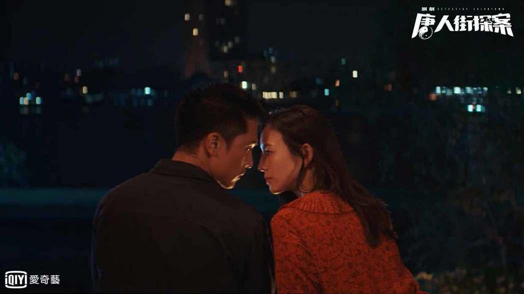 邱澤(左)、張鈞甯上演吻戲。圖/愛奇藝台灣站提供