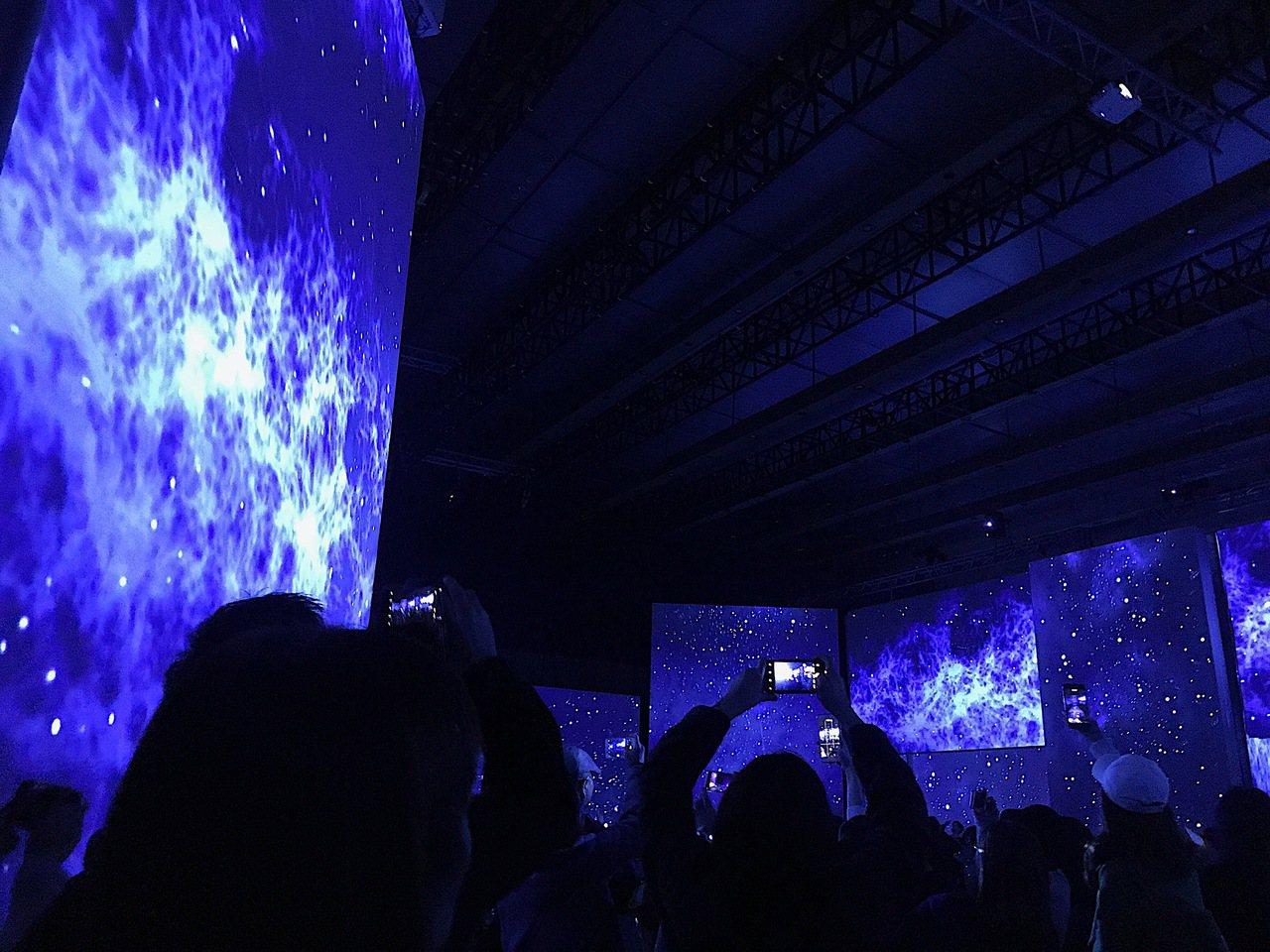 「再見梵谷-光影體驗展」台北場。記者江佩君/攝影