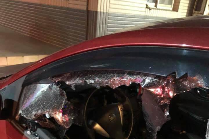 嫌開太慢、按喇叭又不讓道 3男逼停前車砸爛車窗被法辦