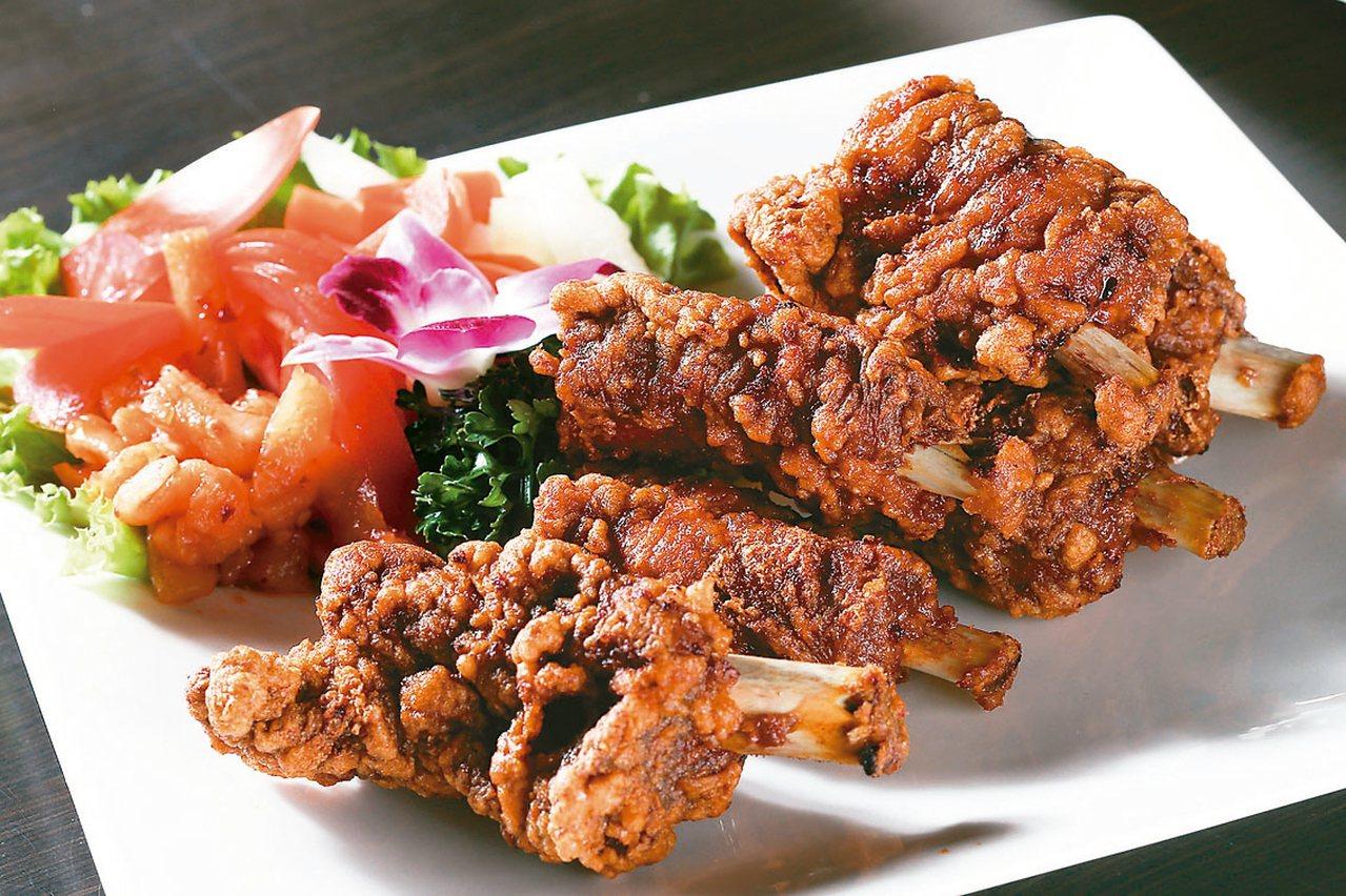 金蓬萊的排骨酥,皮酥肉嫩。 圖/聯合報系資料照片