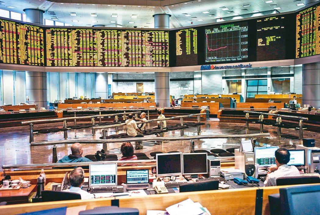 亞洲高收債近期表現強勢,法人表示,偏好高殖利率商品的投資人可布局相關基金。 本報...