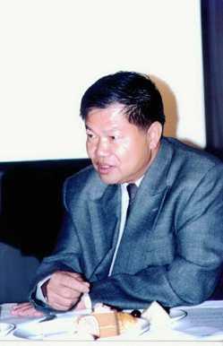 31歲那年,李清波有天看到報紙分類廣告,買了一台霜淇淋機開啟了創業之路。 報系資...